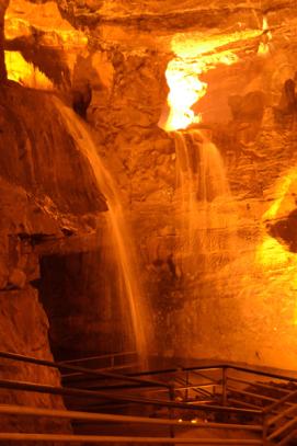 Dan yr Ogof cave