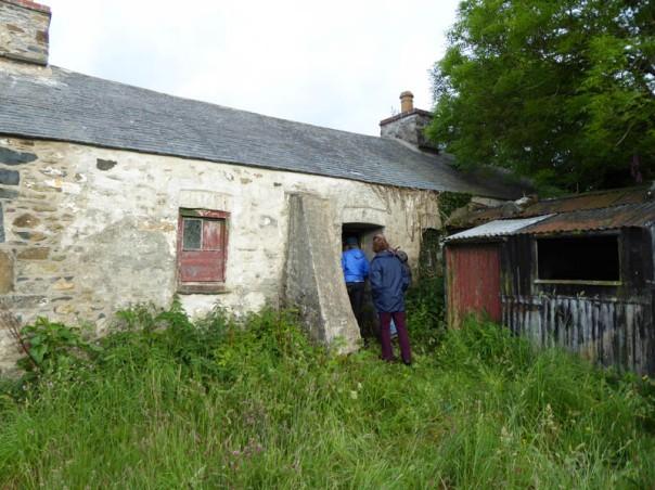 img_0286-going-into-old-farmhouse-castel-farm800